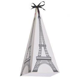 8 boîtes de Paris