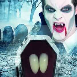 Canines Blanches de Vampire