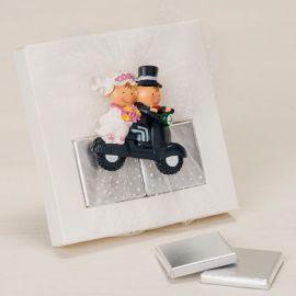 Magnet Mariés en Moto avec Chocolat