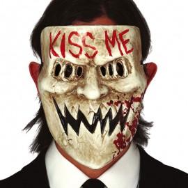 Masque Kiss Me