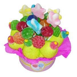 Gâteau avec Brochettes de Bonbons Petite