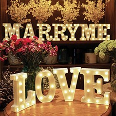 Lettres Lumineuses pour Mariage